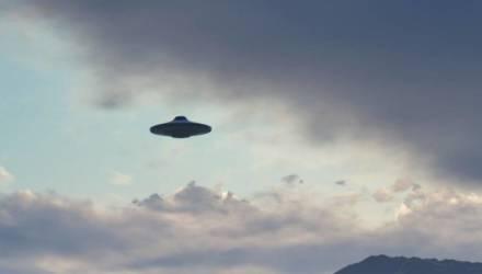 В Беларуси очевидцы сумели заснять НЛО на видео