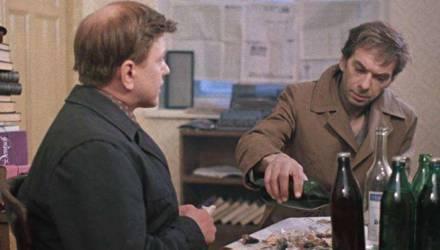 «Денег хватает на самое необходимое — чарку и шкварку». «Я почти бросил пить, хотя причин не выпить нет». Мнение о том, почему белорусы так много пьют
