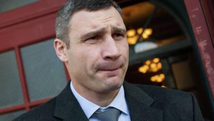 «Нам такой мэр не нужен»: Зеленский просит уволить Кличко
