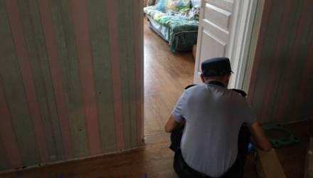 Белоруска несколько раз ударила 8-летнюю дочь молотком
