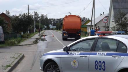 В Беларуси парень избежал службы в армии и отправился на альтернативную – его переехало грузовиком и он умер