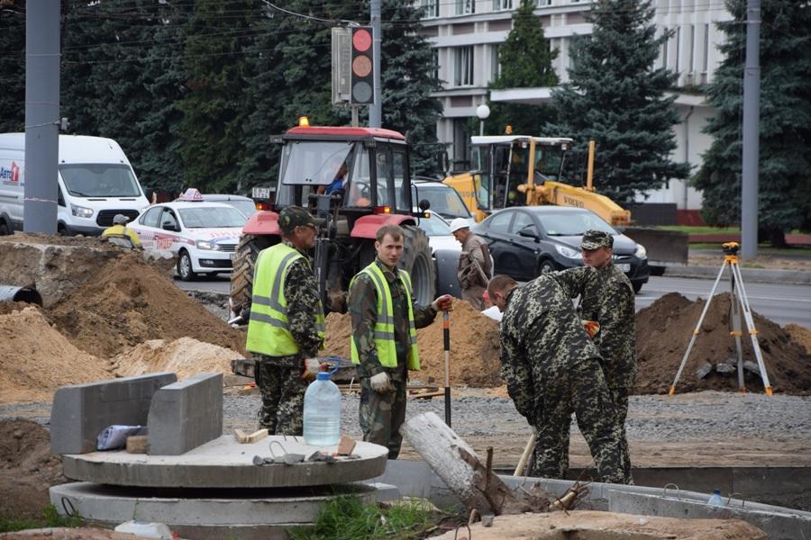 Плитка в полоску и в «пупырышки», или Зачем реконструируют ул. Советскую в Гомеле?