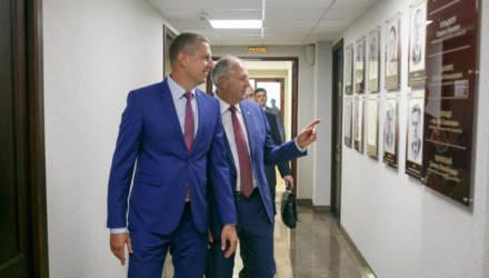 «Больной» стабилизирован. Чего достигло за год самое молодое белорусское правительство во главе с гомельчанином