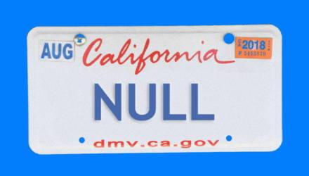 Американец повесил на машину номер «NULL», чтобы обмануть систему. Вместо этого он получил штрафы за других людей