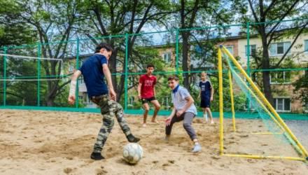 Благодаря инициативе местных жителей в Гомеле станет на одну спортплощадку больше