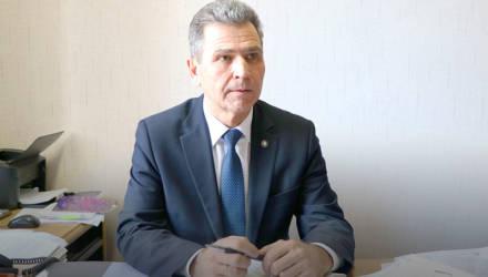 Бывший чиновник гомельского облисполкома, уволенный после скандала в школе №15, устроился в вуз