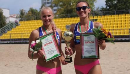 Гомельская студентка второй год подряд стала чемпионкой страны по пляжному волейболу