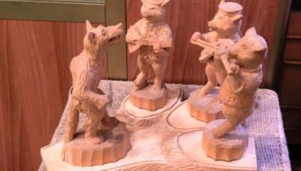 В Гомеле проходит выставка изделий из дерева «90 вёсен мастера Василькова»