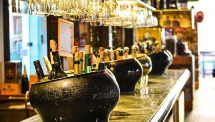 В Минздраве назвали безопасную дневную дозу алкоголя