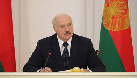 После конфликта в гомельской школе Лукашенко уволил шесть чиновников