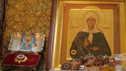 В храм Вознесения Господня в агрогородке Новая Гута прибыла икона с частицей мощей Матроны Московской