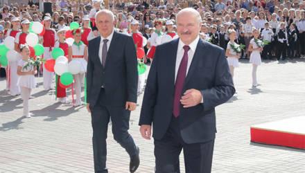 """Лукашенко призвал """"учиться, а не покуривать в туалете"""" и анонсировал изменения в антинаркотические законы"""