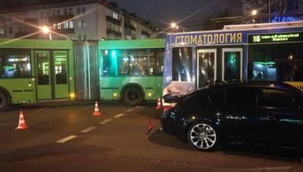 В Гомеле произошло тройное ДТП с участием автобуса и троллейбуса