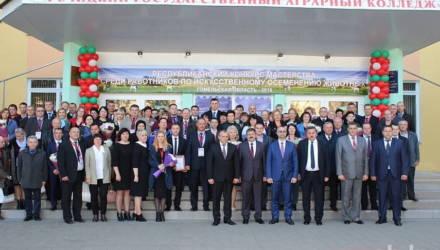 Лучшего осеменатора Беларуси определили в Гомельской области