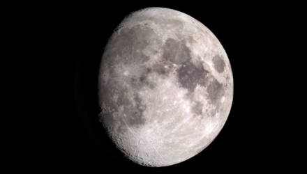 На Луне исчез рухнувший зонд. В районе места крушения пусто — фото