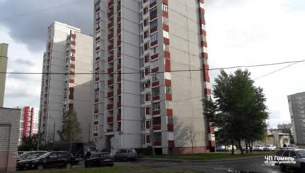 В Гомеле 17-летний парень выпал с балкона 14 этажа и разбился насмерть