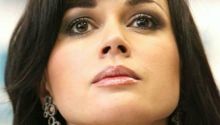 """""""Час назад умерла"""". Семья Заворотнюк прокомментировала информацию о смерти актрисы"""