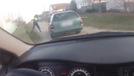 В Добруше для остановки пьяного водителя сотрудники ГАИ использовали табельное оружие