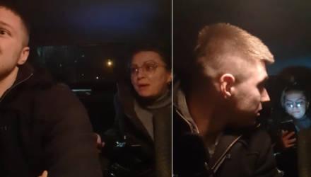 """""""Вы вообще опупели?!"""" Конфликт гомельчанки-пассажира с ребёнком и водителя такси, которое не такси, попал на видео"""