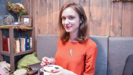 «Синдром сороки»: как гомельчанка создаёт украшения ручной работы