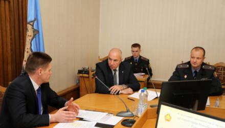 Министр МВД Юрий Караев принял участие в заседании администрации Новобелицкого района Гомеля