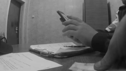 На Гомельщине пьяный водитель пытался дать 20 рублей инспектору ГАИ, чтобы избежать наказания. Приговор суда