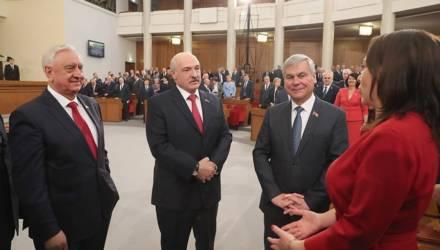 Охрана, неприкосновенность, пенсия. Статус бывшего президента могут закрепить в Беларуси