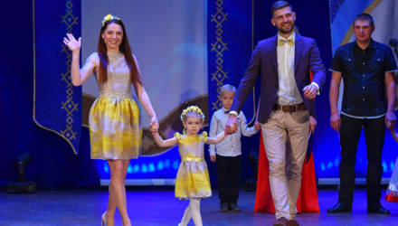 Семья Довгало представит Советский район на областном этапе конкурса молодых семей