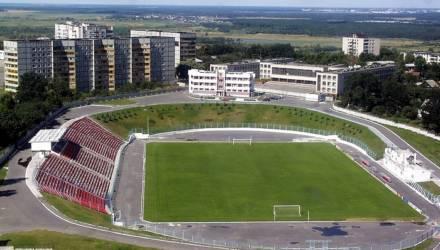 В Мозыре реконструируют стадион — и смотрите, каким он будет. Но местным футболистам негде играть