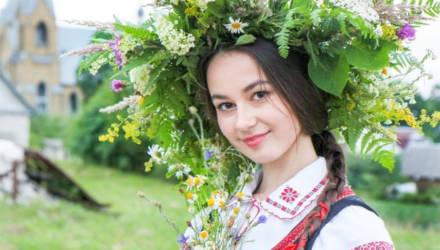 Образы белорусских женщин через календарные обряды представит фотовыставка в Гомеле