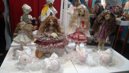 Кукольное царство: в Гомеле прошла выставка авторских кукол и мишек Тедди