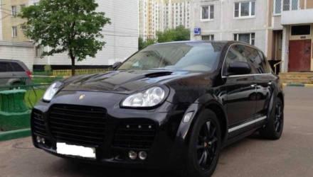 Директора Мозырского ПМС будут судить за то, что покупал запчасти и заправлял Porsche Cayenne за счёт предприятия