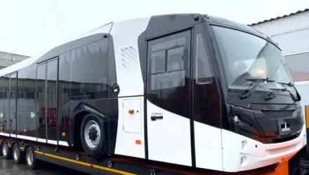 Первые фото новейшего перронного автобуса МАЗ-271067