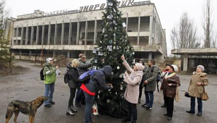 В Припяти впервые после аварии на ЧАЭС установили новогоднюю ёлку