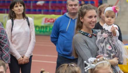 Во Дворце лёгкой атлетики прошёл новогодний забег малышей