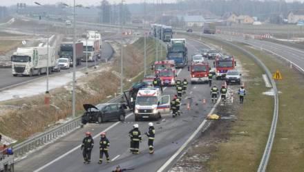 В Польше осудили белорусского дальнобойщика, который насмерть сбил двух дерущихся на трассе водителей