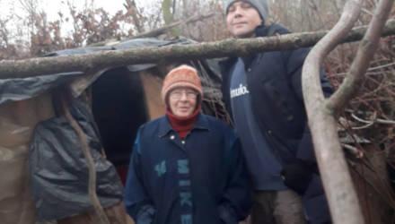 Надо ли спасать гомельскую отшельницу? Женщина, которая жила на берегу озера, сбежала по пути в кризисный центр
