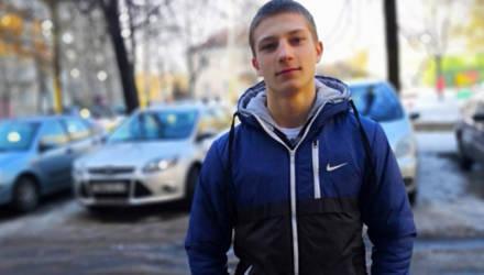 16-летнему тяжелоатлету из Хойников нужны средства на лечение и реабилитацию