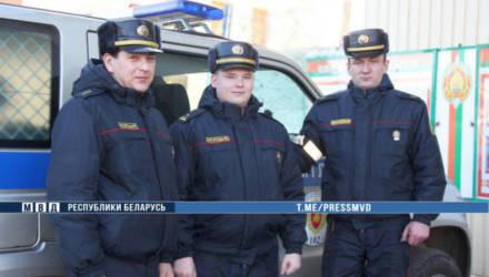 В Чечерске сотрудники милиции помогли предотвратить суицид