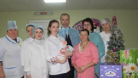 Девочка, родившаяся в 2020-м первой на Гомельщине, стала пятым ребёнком в семье