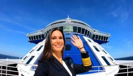 С ней — хоть в шторм: 10 фото первой американки, управляющей гигантским лайнером