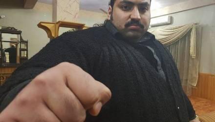 """""""Пакистанский Халк"""" весом 440 кг ищет себе девушку, но с одним условием, без которого он её просто раздавит"""