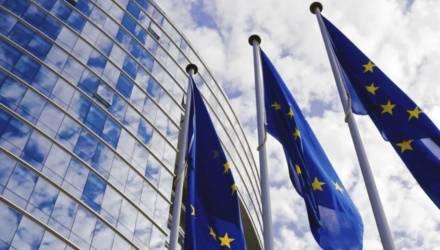 «Шенгену» за 35 евро быть: Беларусь и ЕС подписали визовое соглашение