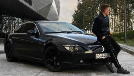 И на мамкином Infiniti, и на своём BMW: «футболист» Илья Лухвич снова хвалится нарушениями ПДД