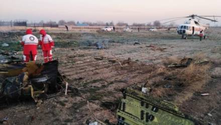 В Тегеране рухнул украинский самолет со 170 пассажирами на борту – видео
