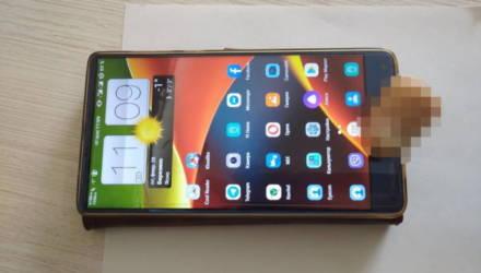Житель Беларуси рассказал о разблокировке китайского смартфона при помощи отрезанного пальца