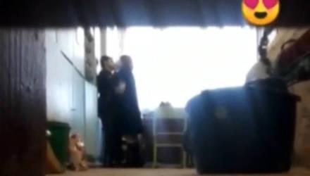 """""""Учитель года"""" уволилась из-за утечки в Сеть её интимного видео со школьником"""