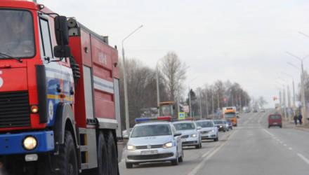 В Гомеле и районе 13 водителей не уступили дорогу пожарной машине МЧС и провалили экзамен на человечность
