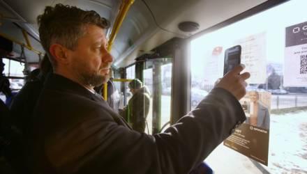 В гомельских автобусах теперь можно оплатить проезд с помощью смартфона