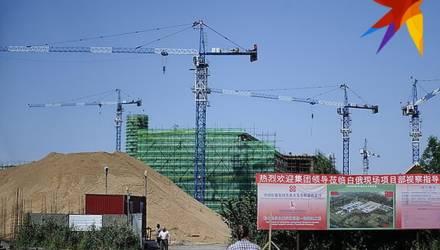 Лукашенко будет разговаривать с Си Цзиньпином о работе китайских подрядчиков. Какие проекты в Беларуси провалили китайцы?